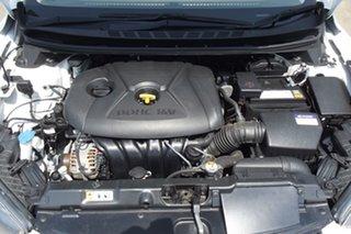 2012 Hyundai Elantra MD2 Elite White 6 Speed Sports Automatic Sedan