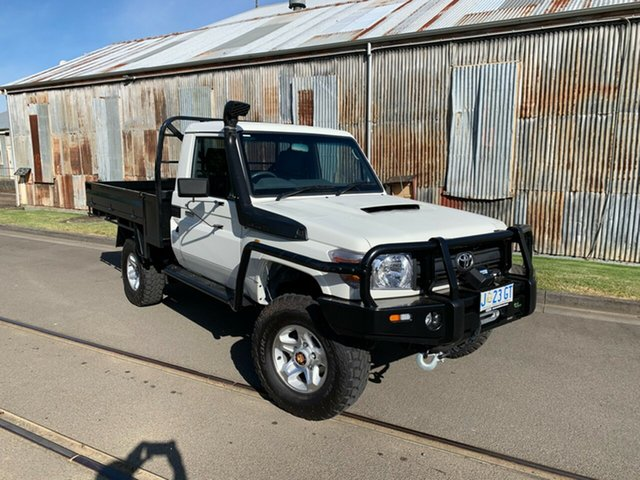 Used Toyota Landcruiser VDJ79R MY10 Workmate Launceston, 2011 Toyota Landcruiser VDJ79R MY10 Workmate White 5 Speed Manual Cab Chassis