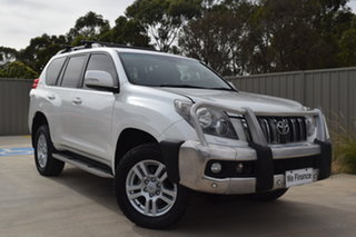 2009 Toyota Landcruiser Prado KDJ150R Kakadu Crystal Pearl 5 Speed Sports Automatic Wagon.