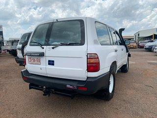 2000 Toyota Landcruiser HZJ105R Standard White 5 Speed Manual Wagon.