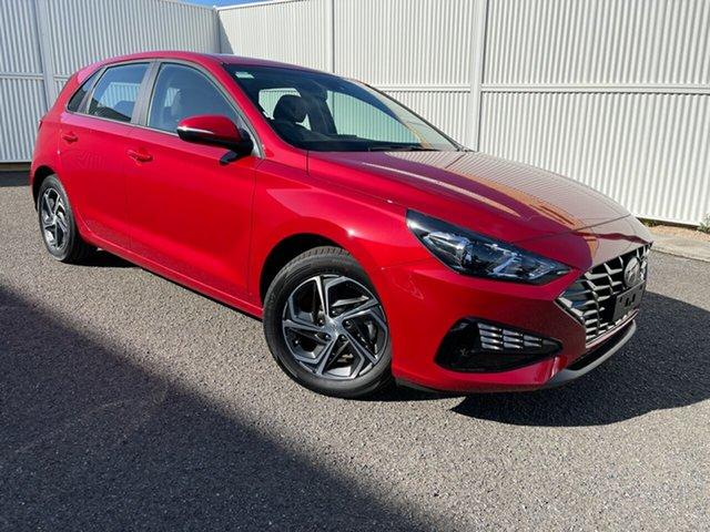 New Hyundai i30 PD.V4 MY21 Gladstone, 2020 Hyundai i30 PD.V4 MY21 Red 6 Speed Sports Automatic Hatchback