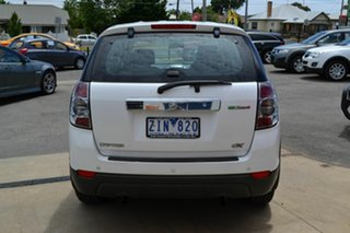 2012 Holden Captiva CG Series II 7 SX (FWD) White 6 Speed Automatic Wagon