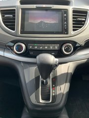 2016 Honda CR-V RM Series II MY17 VTi 4WD White 5 Speed Sports Automatic Wagon.