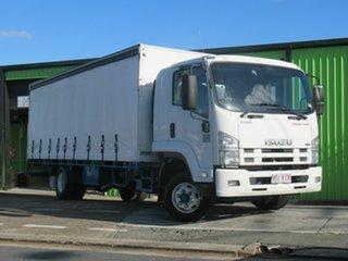 2009 Isuzu FRR SERIES White Truck.