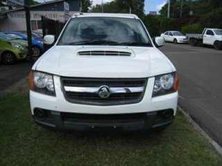 2010 Holden Colorado RC MY10 LX (4x2) White 5 Speed Manual Cab Chassis.