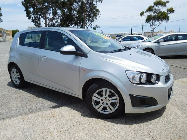 Used Holden Barina TM MY16 CD Wangara, 2016 Holden Barina TM MY16 CD Silver 6 Speed Automatic Hatchback