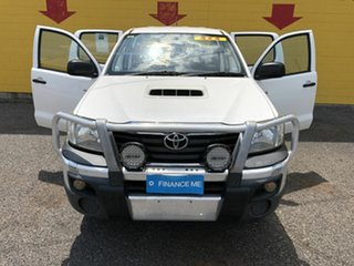 2015 Toyota Hilux KUN26R MY14 SR Double Cab White 5 Speed Manual Cab Chassis.