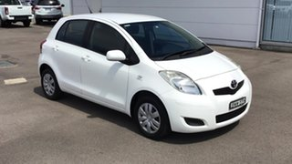 2011 Toyota Yaris NCP90R MY11 YR White 5 Speed Manual Hatchback.