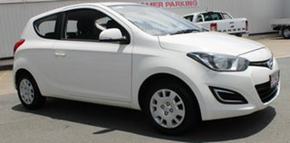 2013 Hyundai i20 PB MY14 Active White 6 Speed Manual Hatchback.