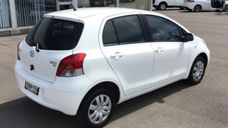 2011 Toyota Yaris NCP90R MY11 YR White 5 Speed Manual Hatchback