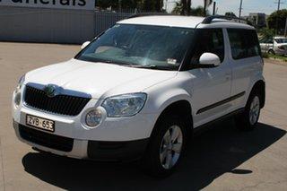 2013 Skoda Yeti 5L MY13 77 TSI (4x2) White 7 Speed Auto Direct Shift Wagon.