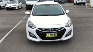 2014 Hyundai i30 GD2 Active White 6 Speed Sports Automatic Hatchback.