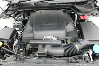 2010 Holden Commodore VE MY10 SV6 White 6 Speed Manual Sedan