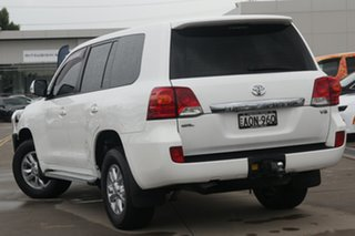 2012 Toyota Landcruiser VDJ200R MY12 GXL White 6 Speed Sports Automatic Wagon.