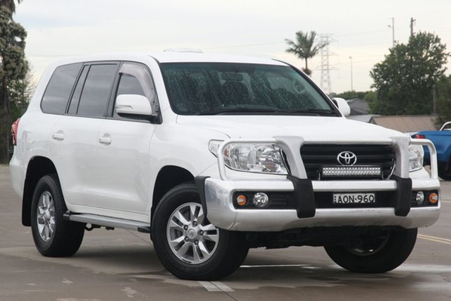 Used Toyota Landcruiser VDJ200R MY12 GXL Chullora, 2012 Toyota Landcruiser VDJ200R MY12 GXL White 6 Speed Sports Automatic Wagon