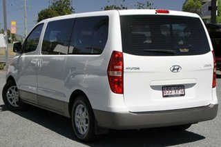 2012 Hyundai iMAX TQ-W MY12 Creamy White 4 Speed Automatic Wagon.