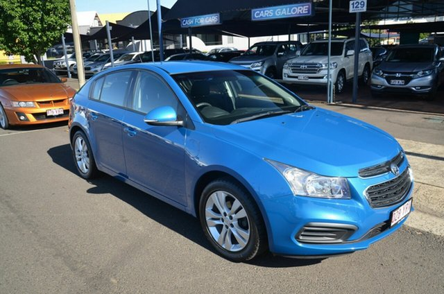 Used Holden Cruze JH MY15 Equipe Toowoomba, 2015 Holden Cruze JH MY15 Equipe Blue 5 Speed Manual Hatchback