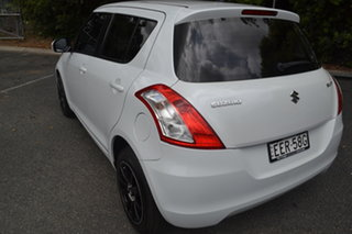 2014 Suzuki Swift FZ MY14 GL Navigator White 5 Speed Manual Hatchback