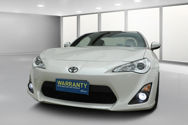 Used Toyota 86 ZN6 GT West Footscray, 2016 Toyota 86 ZN6 GT Crystal White Pearl 6 Speed Manual Coupe
