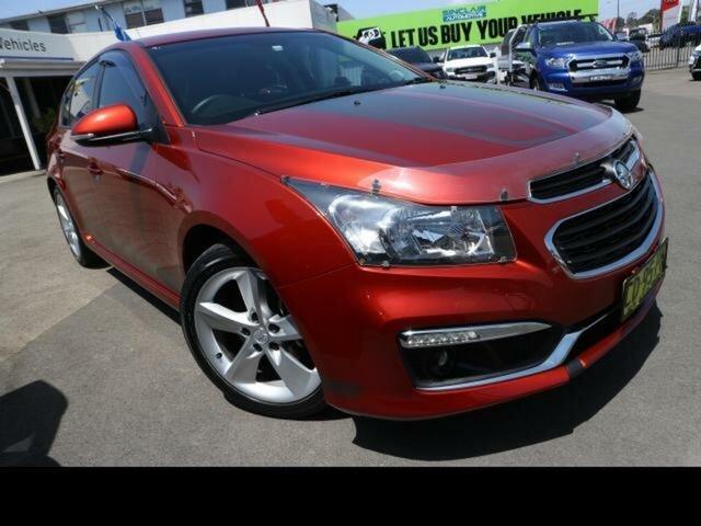 Used Holden Cruze JH MY15 SRi V Kingswood, 2015 Holden Cruze JH MY15 SRi V Orange 6 Speed Manual Hatchback