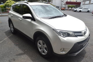 2013 Toyota RAV4 ZSA42R GXL 2WD White 7 Speed Constant Variable Wagon.