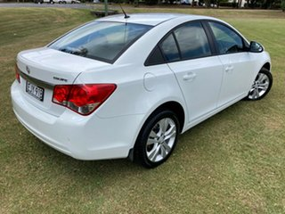 2015 Holden Cruze JH Series II MY15 Equipe 5 Speed Manual Sedan