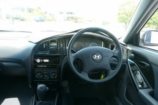2004 Hyundai Elantra XD MY04 Silver 4 Speed Automatic Hatchback.