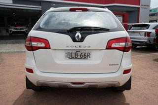 2009 Renault Koleos H45 Dynamique (4x4) White Continuous Variable Wagon
