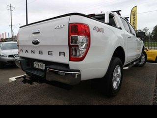Ford  2014.75 DOUBLE PU XLT NON SVP 3.2D 6M 4X4