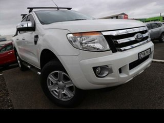 Ford  2014.75 DOUBLE PU XLT NON SVP 3.2D 6M 4X4.
