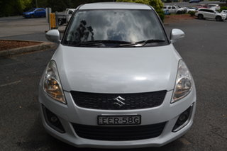 2014 Suzuki Swift FZ MY14 GL Navigator White 5 Speed Manual Hatchback.