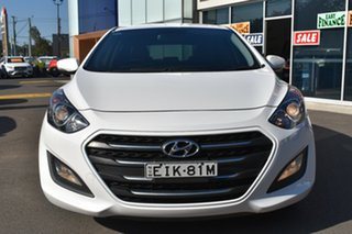 2016 Hyundai i30 GD4 Series II MY17 Active X DCT White 7 Speed Sports Automatic Dual Clutch