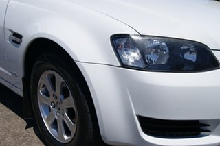 2011 Holden Commodore VE II Omega White 6 Speed Automatic Sedan.