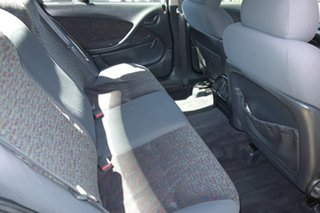 2001 Holden Commodore VX Executive Gold 4 Speed Automatic Sedan