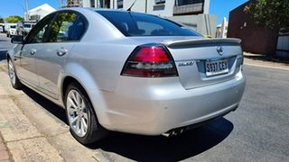 2010 Holden Calais VE MY10 V Nitrate Silver 6 Speed Automatic Sedan