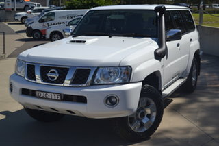 2016 Nissan Patrol Y61 GU 10 ST White 5 Speed Manual Wagon.