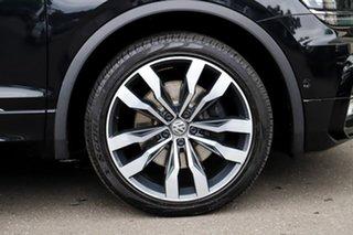 2016 Volkswagen Tiguan 5N MY17 140TDI DSG 4MOTION Highline Pearl Black 7 Speed