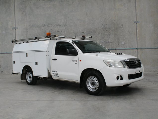 Used Toyota Hilux KUN16R MY14 SR 4x2 Caloundra, 2014 Toyota Hilux KUN16R MY14 SR 4x2 White 5 speed Manual Cab Chassis