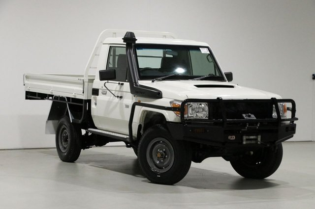 Used Toyota Landcruiser VDJ79R MY12 Update Workmate (4x4) Bentley, 2013 Toyota Landcruiser VDJ79R MY12 Update Workmate (4x4) White 5 Speed Manual Cab Chassis
