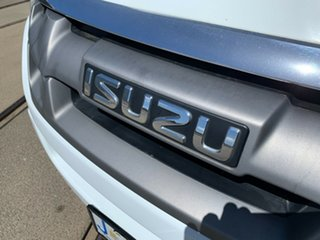 2014 Isuzu D-MAX MY14 SX White 5 Speed Sports Automatic Cab Chassis