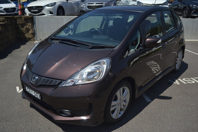 Used Honda Jazz Vibe-S Maitland, 2013 Honda Jazz Vibe-S Brown 5 Speed Automatic Hatchback