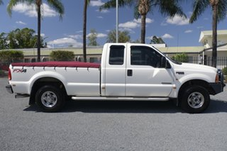 2005 Ford F250 RN XLT White 4 Speed Automatic Utility