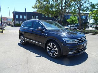 2018 Volkswagen Tiguan 5N MY18 162TSI DSG 4MOTION Highline Deep Black Pearl 7 Speed.
