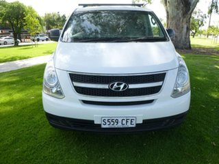 2011 Hyundai iLOAD TQ-V White Sports Automatic Van.