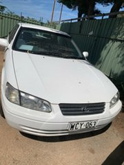 1998 Toyota Camry MCV20R Conquest White 4 Speed Automatic Sedan.
