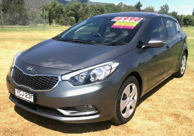 Used Kia Cerato YD MY15 S Tamworth, 2015 Kia Cerato YD MY15 S Grey 6 Speed Sports Automatic Hatchback
