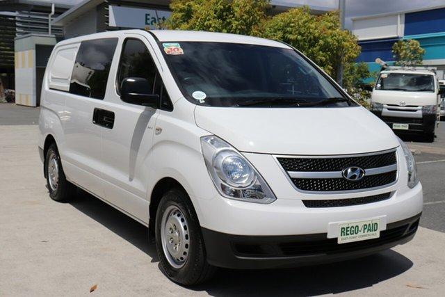 Used Hyundai iLOAD TQ2-V MY15 Crew Cab Robina, 2015 Hyundai iLOAD TQ2-V MY15 Crew Cab White 5 speed Automatic Van