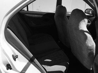 2000 Mitsubishi Lancer CE2 GLXi White 5 Speed Manual Sedan