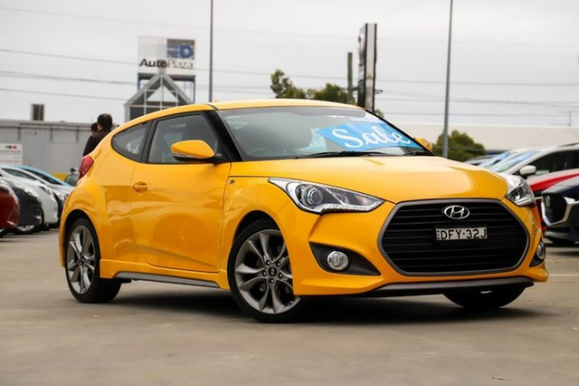 Used Hyundai Veloster FS4 Series II SR Coupe D-CT Turbo Kirrawee, 2015 Hyundai Veloster FS4 Series II SR Coupe D-CT Turbo Yellow 7 Speed Sports Automatic Dual Clutch