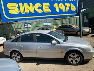 2004 Holden Vectra ZC MY2004 CD Silver 5 Speed Manual Sedan.